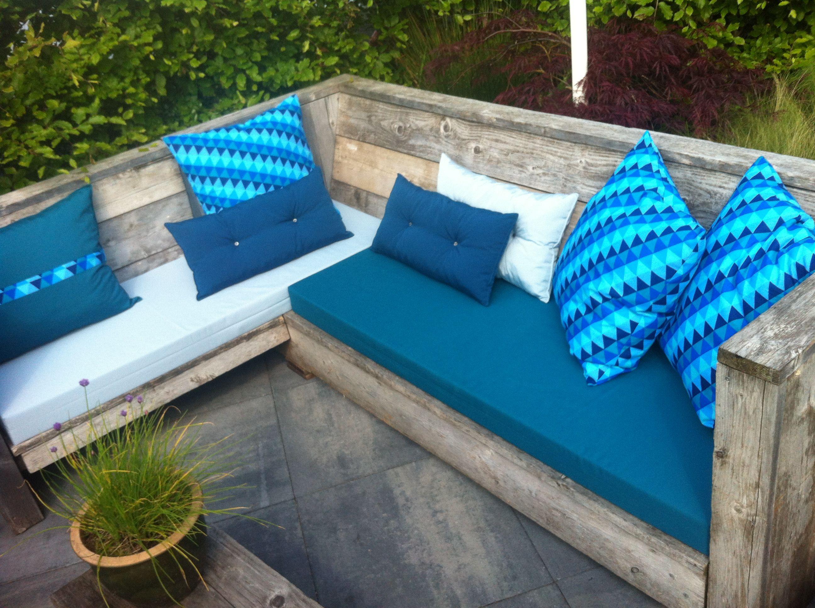 loungebank kussens voor Karin en JJ