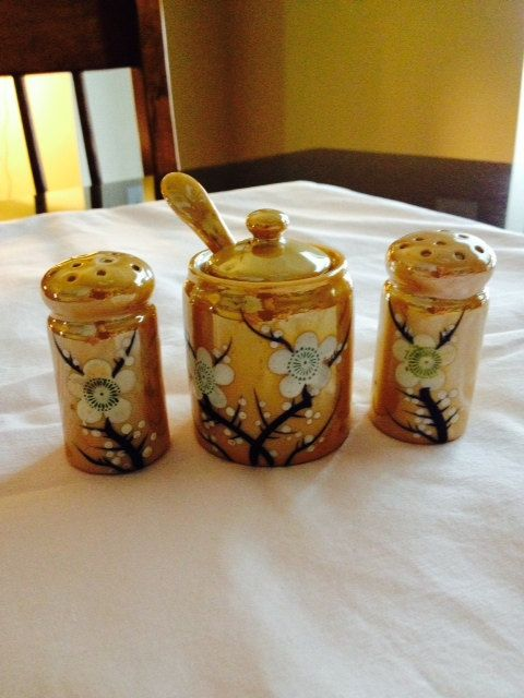 3 Piece Noritake Salt and Pepper Shakers by KitchenKozy on Etsy, $5.00