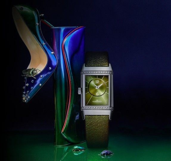Jaeger-LeCoultre-Reverso-by-Christian-Louboutin-watch-and-shoe.jpg (574×539)