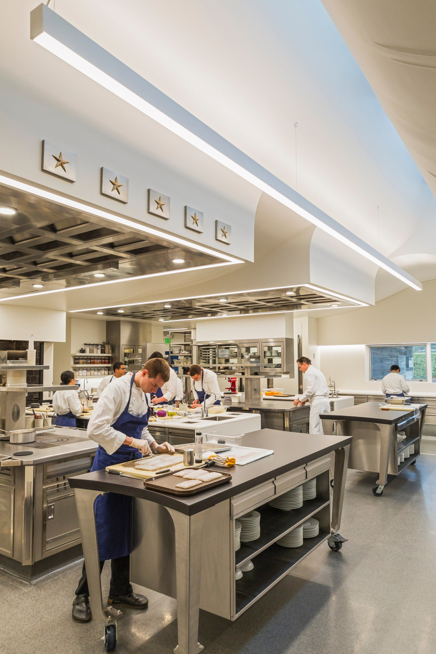 Look Inside The French Laundry S Stunning New Kitchen By Snohetta Restaurant Kitchen Design Commercial Kitchen Design Kitchen Layout
