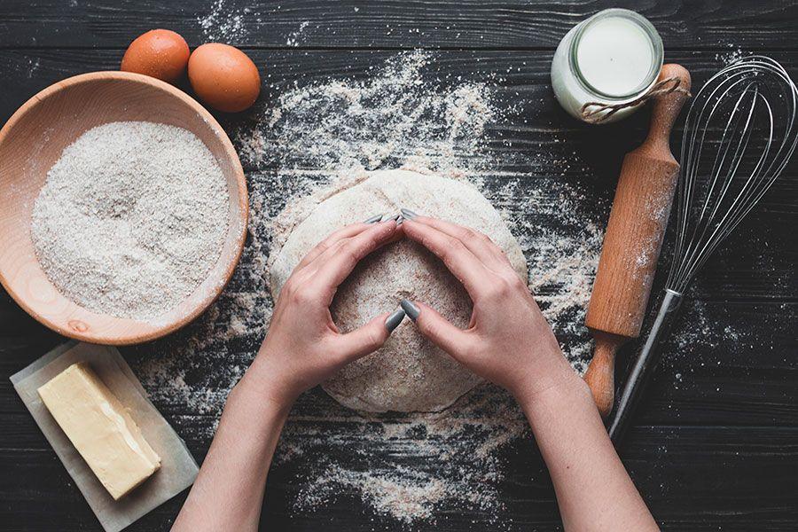 طريقة عمل العيش الفينو في المنزل اكتشف خطوات تحضير عجينة لطبخ الخبز المنزلي على الصاج In 2021 Diet Modus Operandi Vino