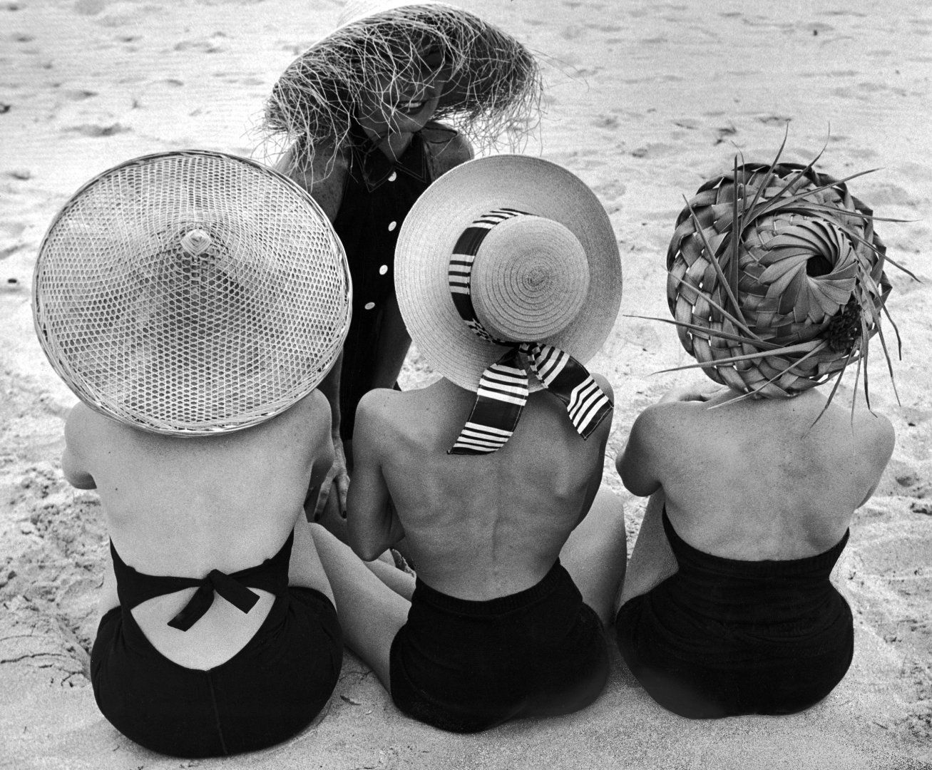 19ea420c501 Let These Vintage Hats Inspire Your Easter Bonnet Game