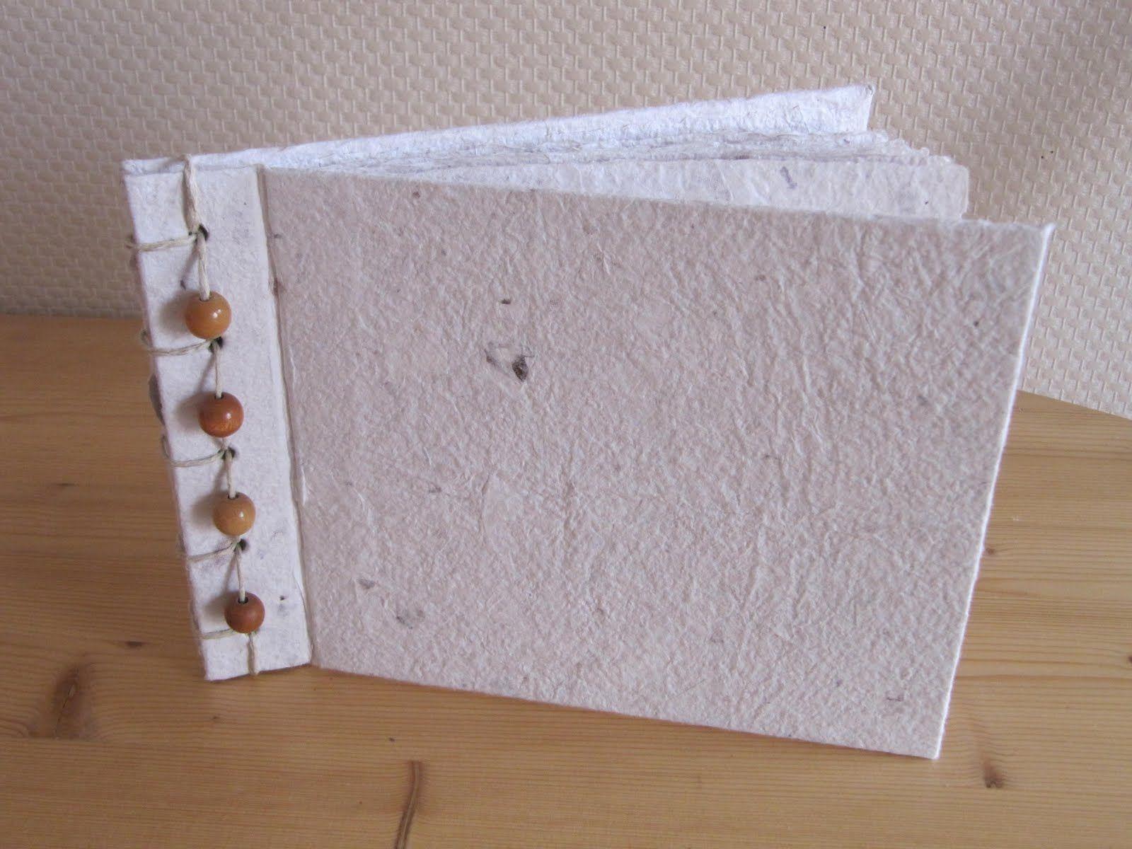 Boekje van geschept papier.  Workshop @ In den ateljee.