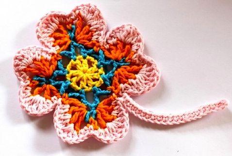 Uncinetto e crochet: Tutorial fiore all'uncinetto