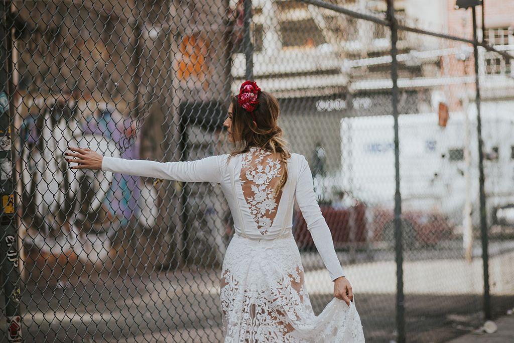 Novia atrevida en Nueva York. Boho Chic.  #novia #perfecta #boho #chic #bride #boda #novias #bridalada #bridal