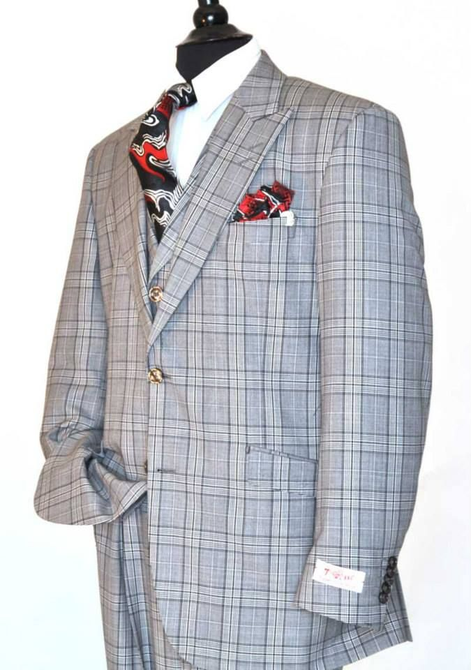 """Like"" this Tiglio men's suit? Find this Tiglio suit and more at www.FashionMenswear.com and www.GiovanniMarquez.com #tiglio #tigliosuits #tigliouomo #mensuits #suits #suitandtie #ootd #fashionmenswear #fsbmens #menswear #mensfashion #dapper"