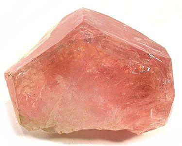 Unheated peach-colored morganite crystal.