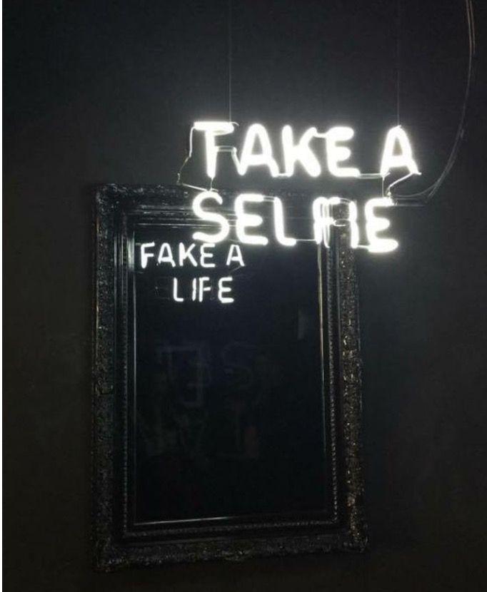 Fake a life !!!