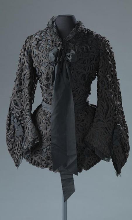 Tape Lace Mantle, ca. 1895-1905 via Amsterdam Museum