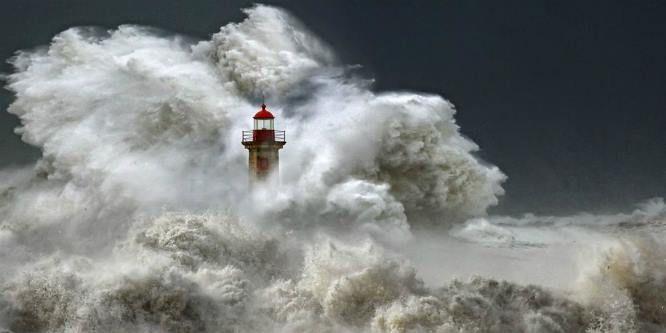 Fotografia de Portugal (Foz do Porto) é imagem do dia na National Geographic (5/12/2013)