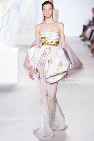 Giambattista Valli Fall 2013 Couture Collection Slideshow on Style.com