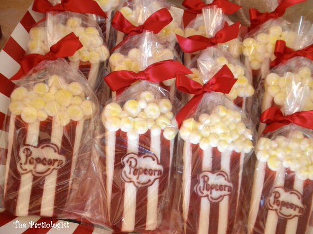 Lot's of DIY popcorn treat ideas for a party.