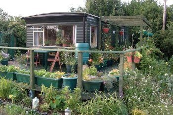 Aranya\'s mobile home garden | Back to the garden... | Pinterest ...