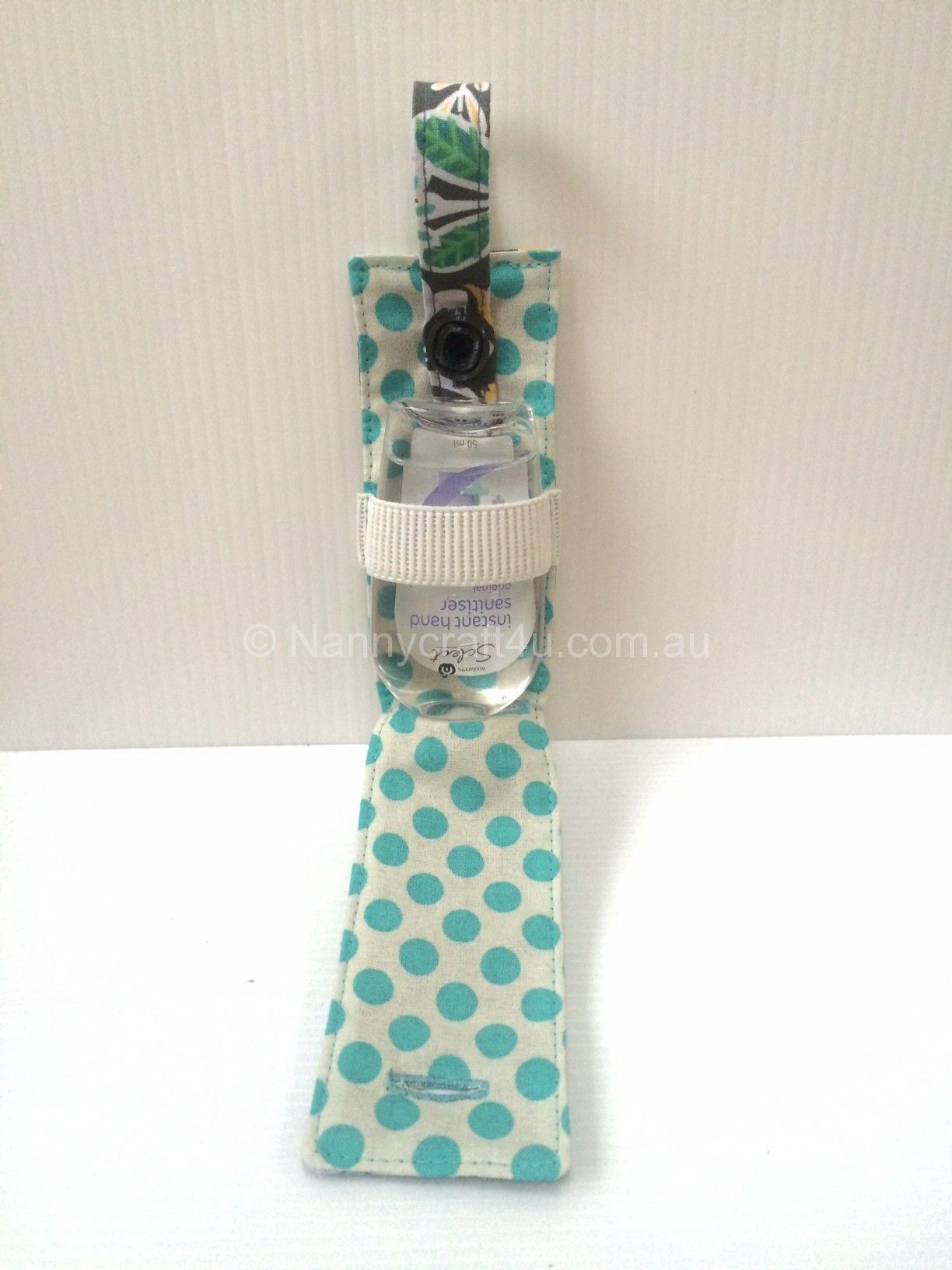 Pocket Tissue Holder With A Little Pocket For Hand Sanitizer I