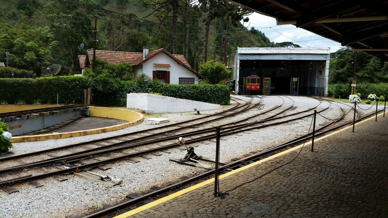 Trilhos de Campos (Campos do Jordão - São Paulo)