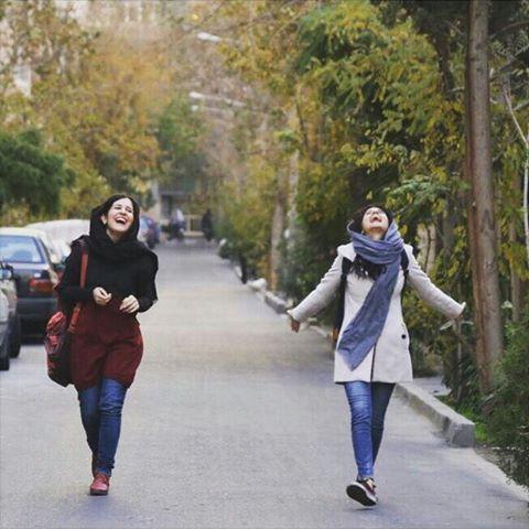 Pin By رونزا On Iran Iran Girls Bff Photography Persian Girls