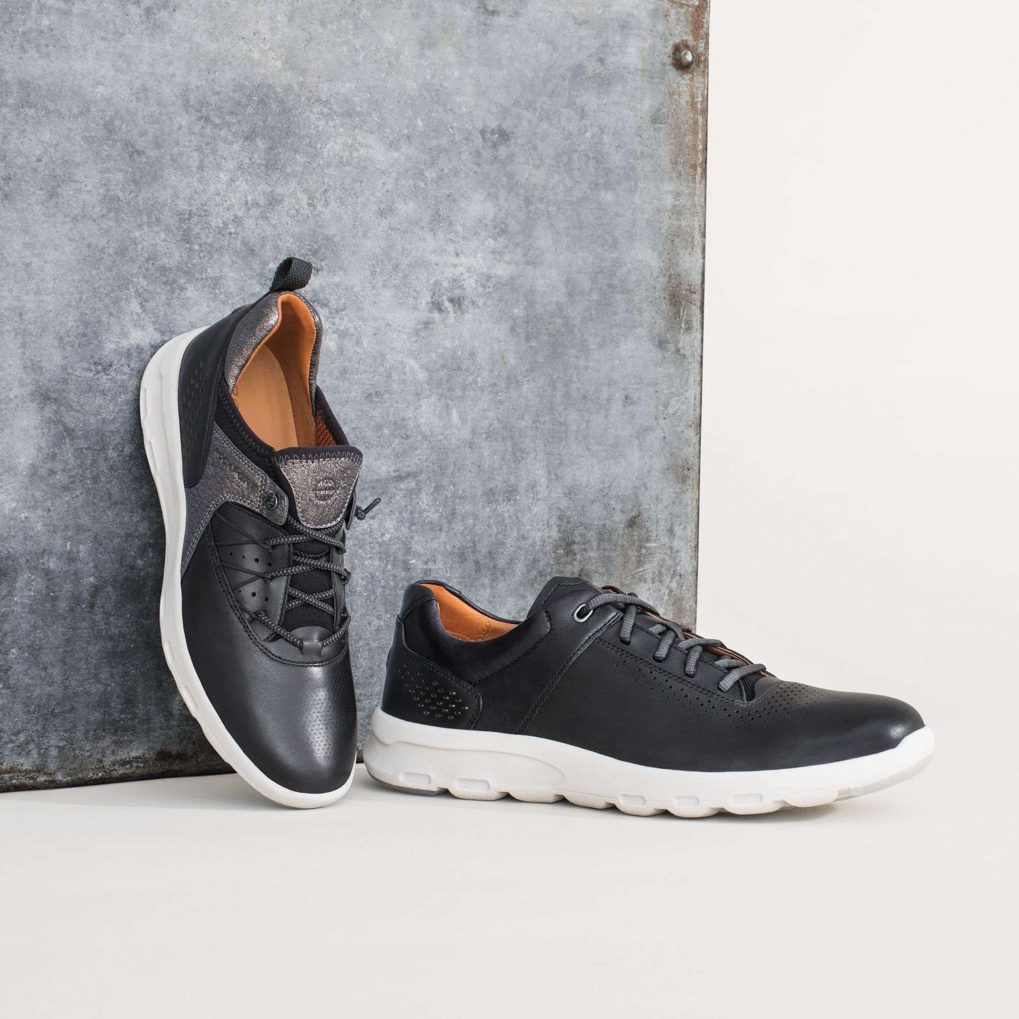 Lets' Walk: his and hers sneakers