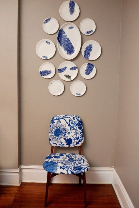 Jessica Howard Blue and white feather motif ceramic wall design home decor wall display & Plate wall Jessica Howard Blue and white feather motif ceramic wall ...
