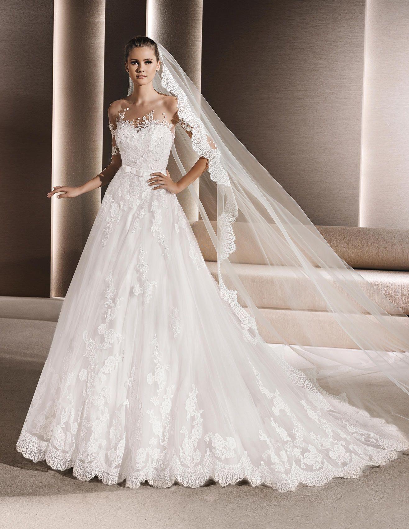 RUPIA Brautkleid im Prinzessin Stil aus Spitze