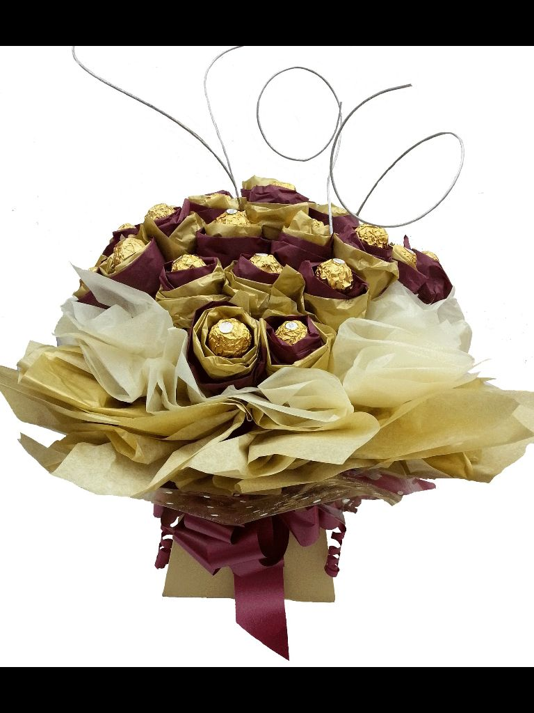 Chocolate bouquet on pinterest candy flowers bouquet of chocolate - Find This Pin And More On Chocolate Bouquets