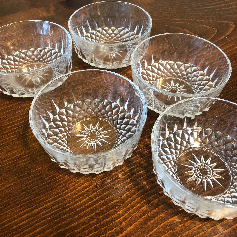Set of 5 Arcoroc France Diamant Starburst Berry Bowls