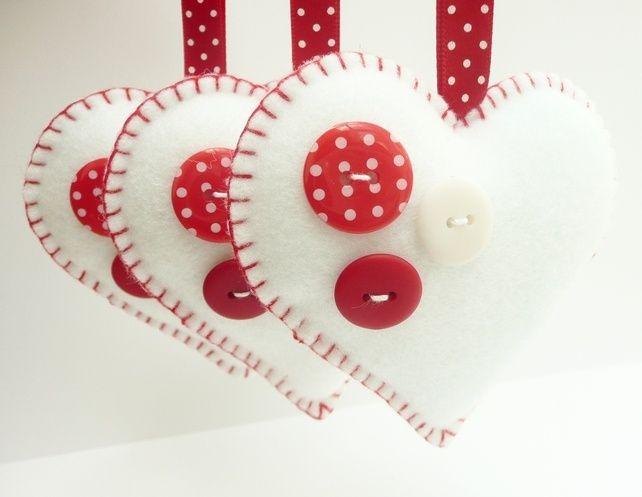 cuori bianchi bottoni