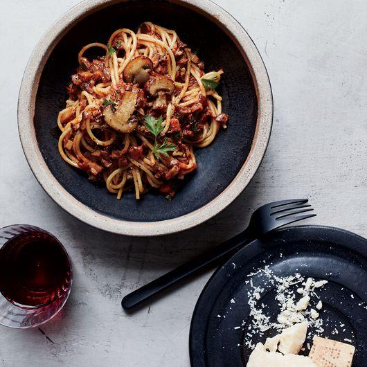 7 umami packed mushroom pasta recipes mushroom pasta pasta and food 7 umami packed mushroom pasta recipes food wine forumfinder Images