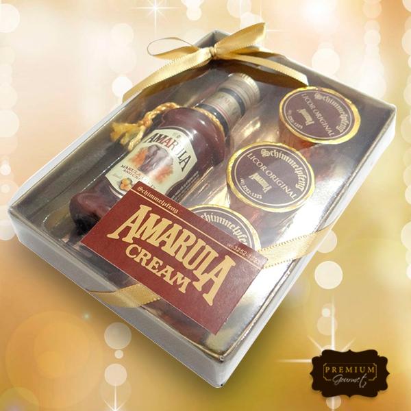 Aos amantes de Amarula: temos esse lindo kit que seu amigo secreto não tem como não amar. Além de uma garrafa com o licor, ele vem também com 3 unidades de bombom do produto. Uma delícia!