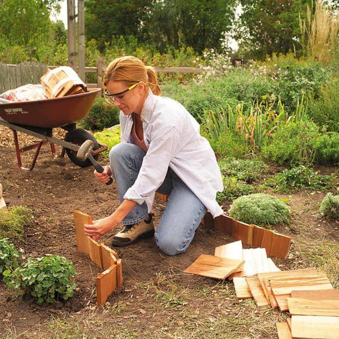 Best Garden Path In A Wheelbarrow Wheelbarrow Garden Garden 640 x 480