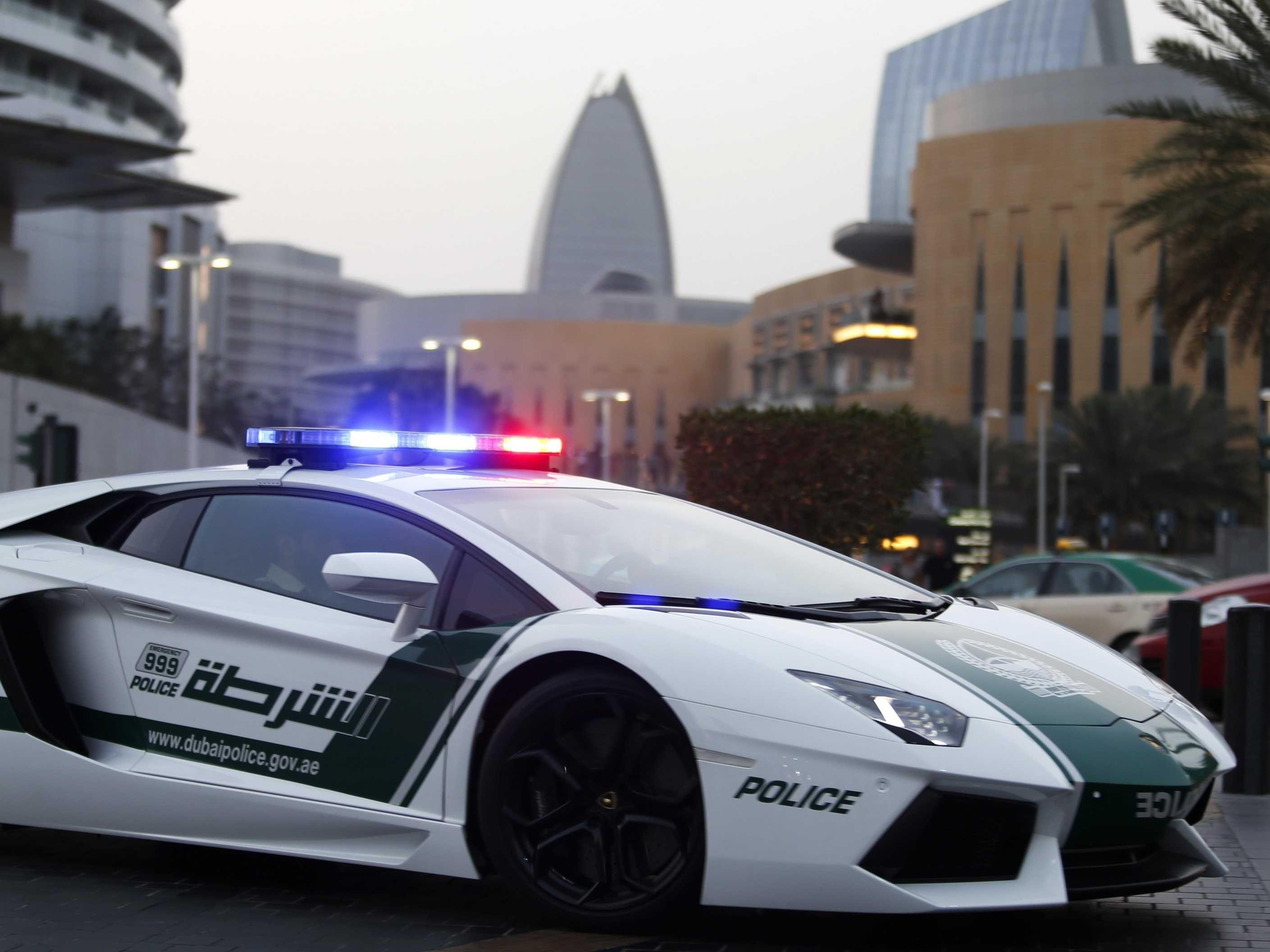 The Ridiculous Supercars Of The Dubai Police Force Police Cars Police Lamborghini Super Cars