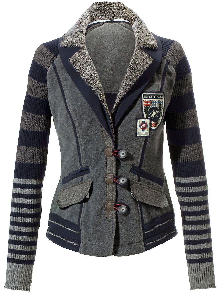 Grauer jersey mantel