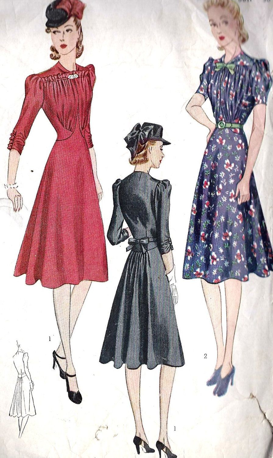 """1930s Misses Day Dress Or Cocktail Dress Vintage Sewing Pattern, with Flaring in back and Fitted Bodice, Simplicity Pattern 3241 Bust 30"""""""