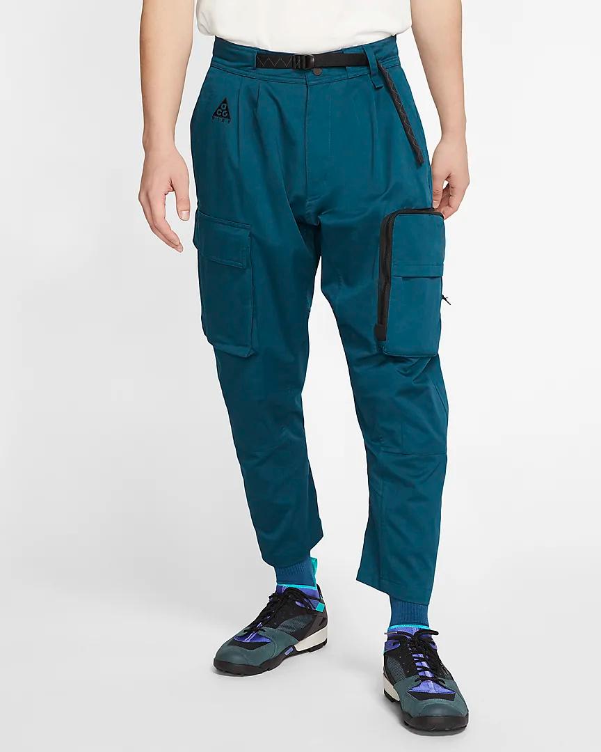 Nike ACG Men's Woven Cargo Pants. Nike