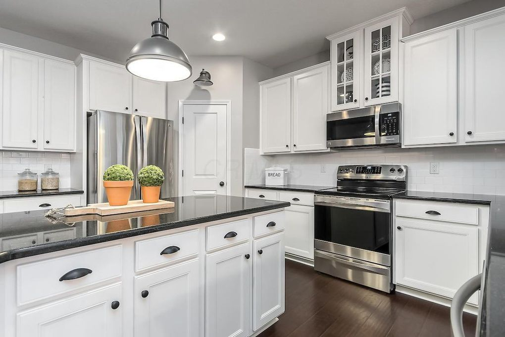 White Cabinets Black Granite Farmhouse Kitchen New Kitchen Cabinets Kitchen Cabinets Kitchen Design