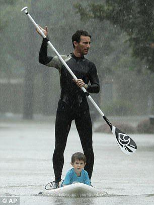 Hunky Hero Saves Kids From Hurricane Harvey On His Paddle Board Paddle Harvey Paddle Boarding