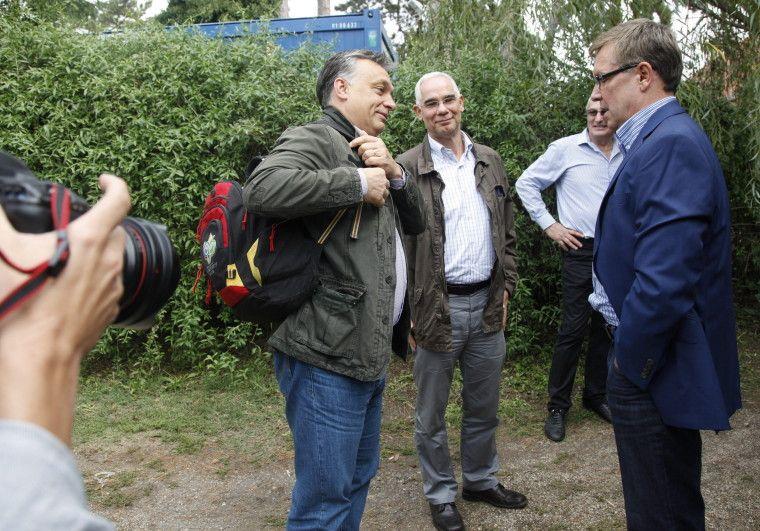 Orbán kedvenc hátizsákja is eljutott Kötcsére MTI/ Varga György