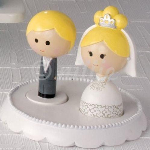 Hochzeit Auf Der Torte Hier Gibt S Die Sussesten Hochzeitstortenfiguren Hochzeit Torte Figuren Torten Figuren Hochzeitstortenfiguren