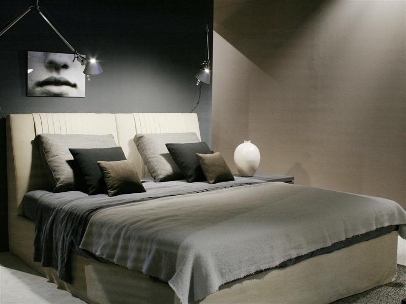 Klassische Betten neu interpretiert, mit modernen Linien