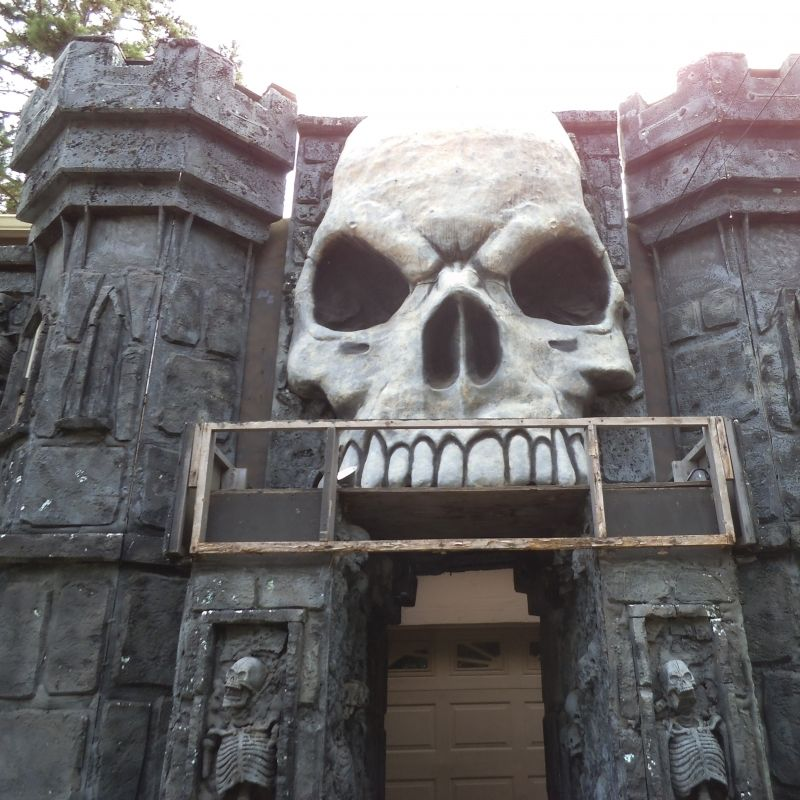 Free haunted house prop ideas 101 ideas for haunted for Haunted house scene ideas