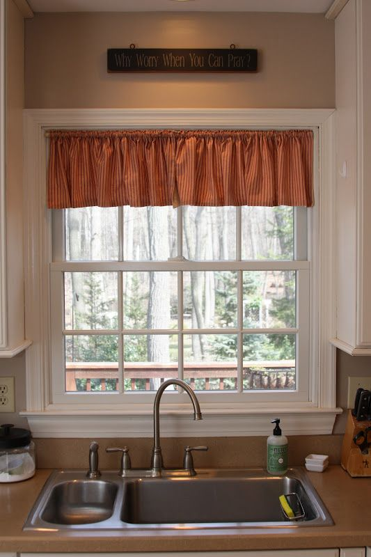 Kitchen Windows Over Sink Kitchen Curtains Over Sink Go Over The Sink Above Modern Farmhouse Kitchens Modern Kitchen Curtains Kitchen Window Treatments