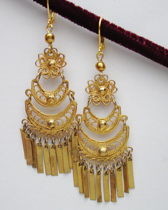 Vintage Mexican Filigree Gold Tone Chandelier Dangle Earrings