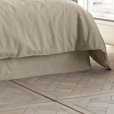 I Want This In Gunmetal To Match Our Comforter But It S Pretty