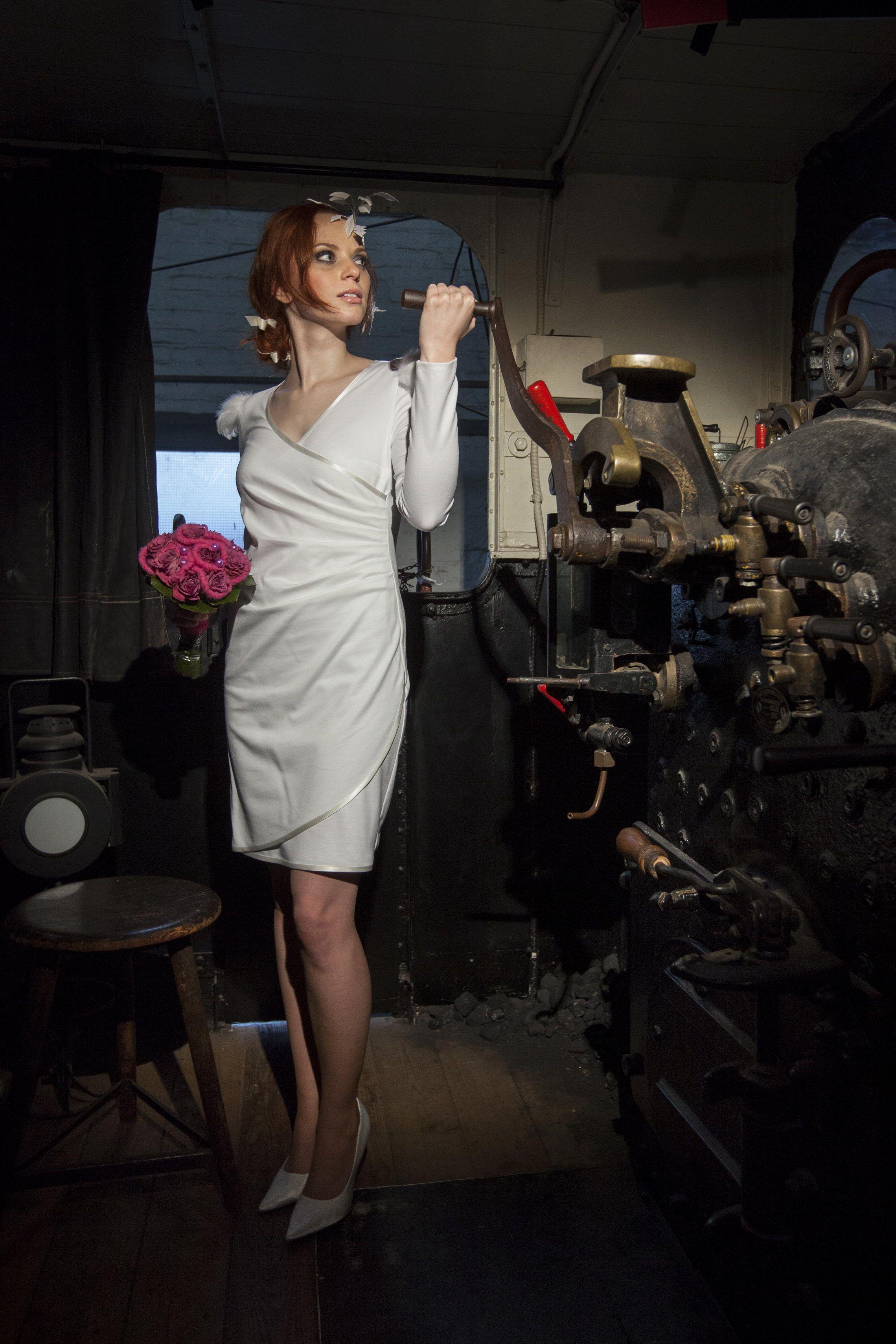 Wundervolles Brautkleid, ideal für´s Standesamt - von Michèle Weiten ...