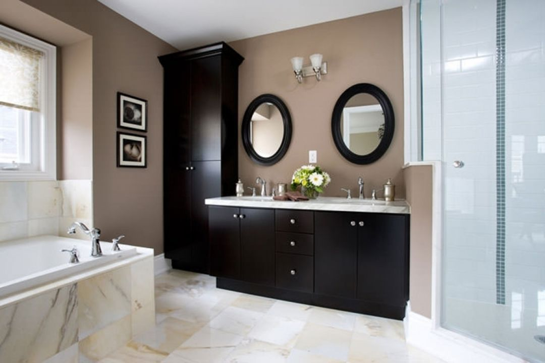 10 Cool Bathroom Decorations To Look Fresher And More Comfortable
