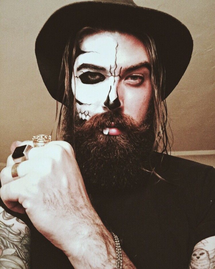 maquillage,halloween,homme,barbe,tattoos,têete,de,mort