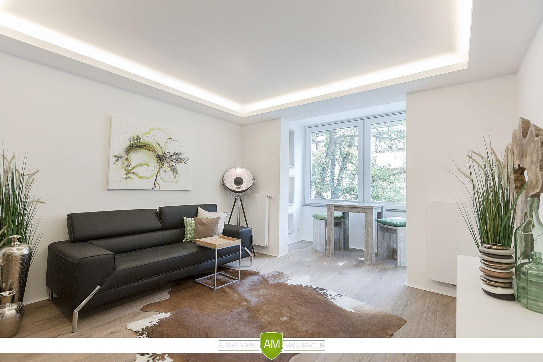 die indirekte deckenbeleuchtung umrahmt den wohnraum und lsst sich passend zu jeder stimmung dimmen - Verwandeln Sie Ihre Garage In Wohnraum