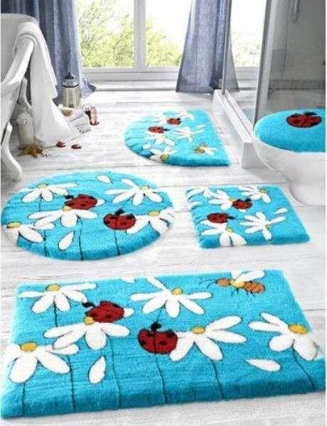 Tappeto per il bagno a fantasia di coccinelle | Silvia | Pinterest