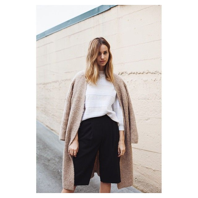 LA-based jewelry designer @jess_hannah stopped by — love how she styled some of her favorite new arrivals from the store. #sayakadavis #ameliatoro