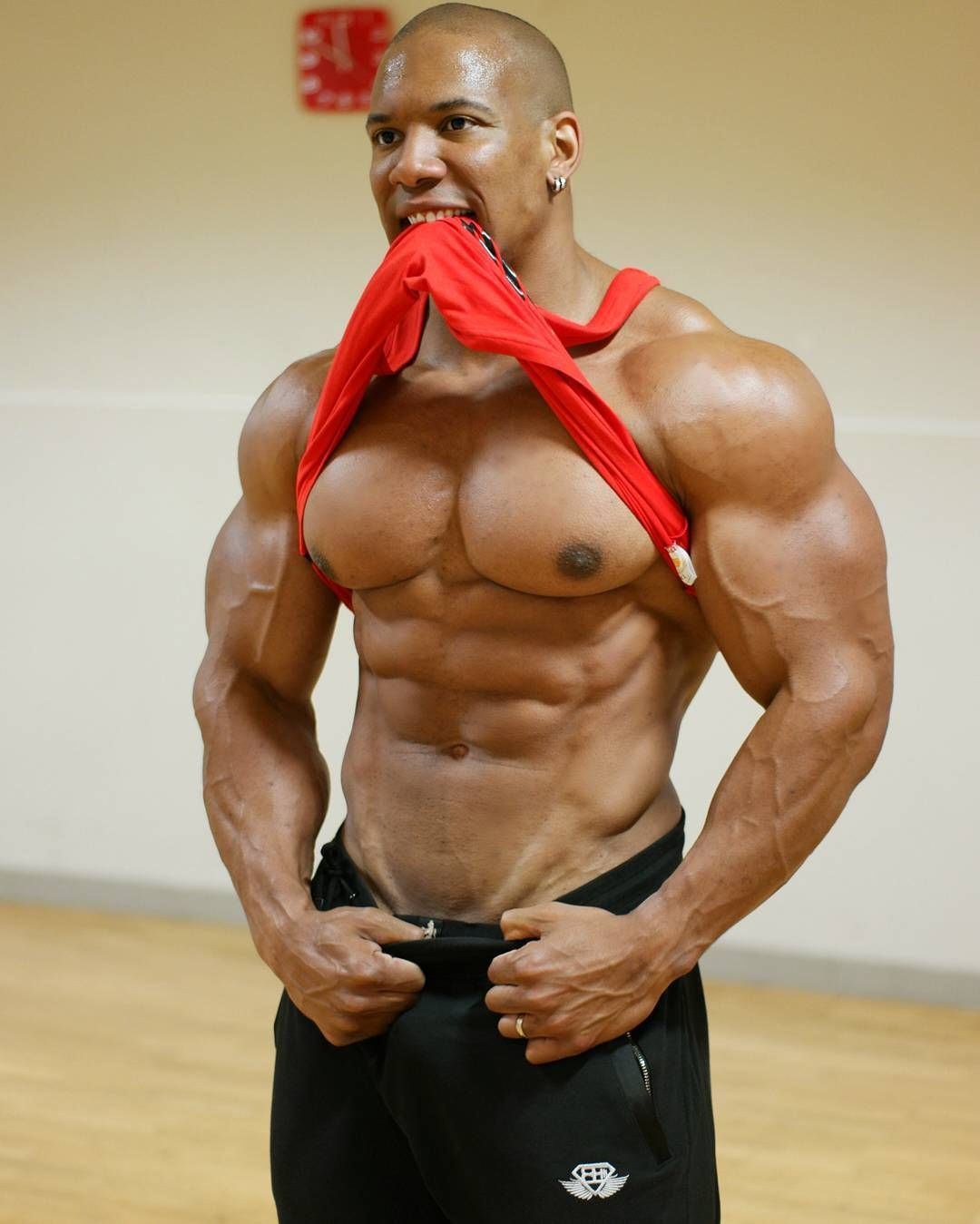 Muscleworship Roger Snipes Muscle Worship Desire And Divine Beauty