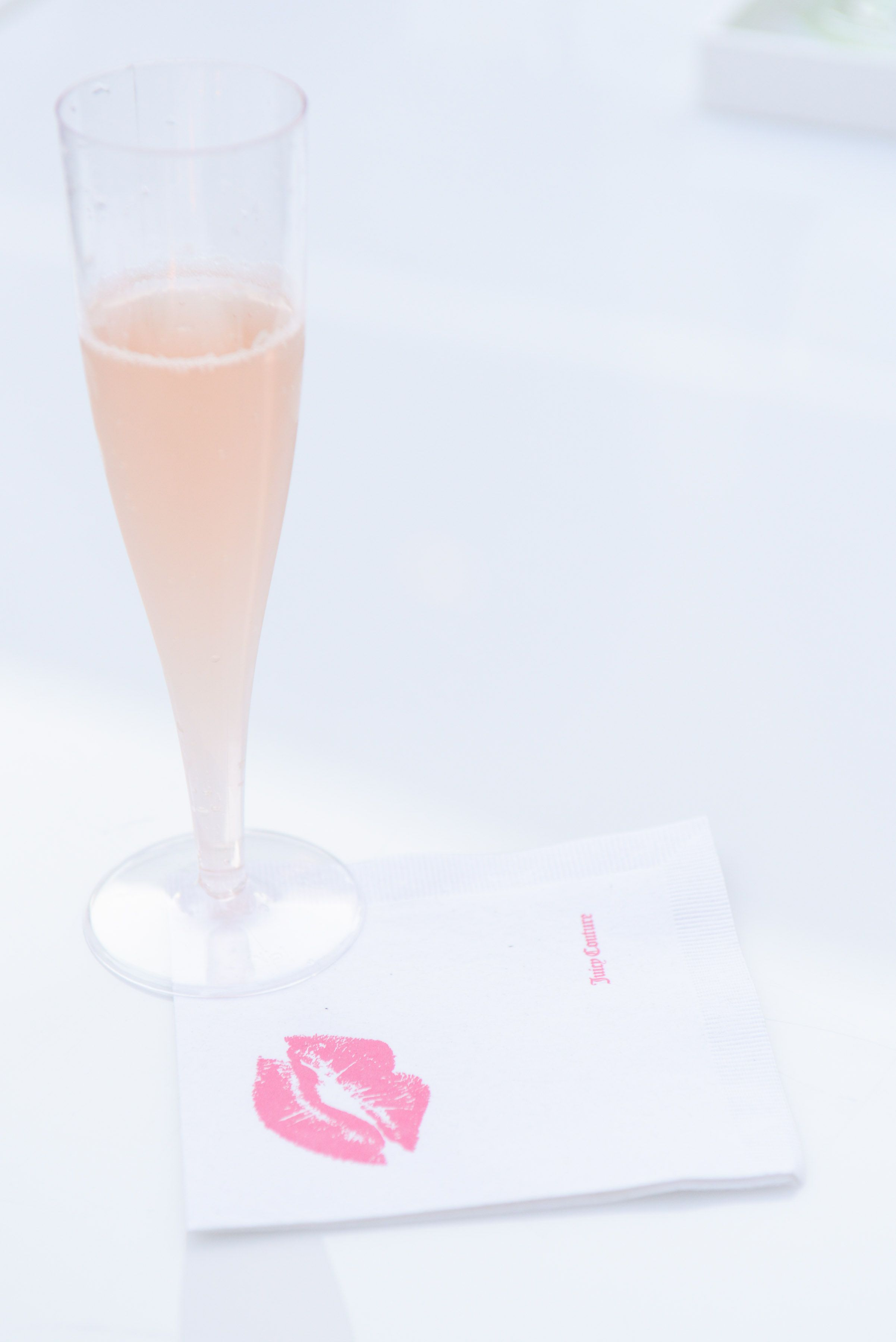 Personalized cocktail napkins and champange #JuicySpring13 #JuicyParty
